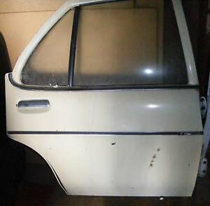 HQ HJ HX HZ Holden. DRIVERS REAR DOOR  No rust Premier GTS Wadalba Wyong Area Preview