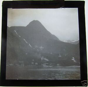 Glass-Magic-Lantern-Slide-MEROK-HARBOUR-C1900-NORWAY-SEE-PHOTO-2-FOR-TITLE
