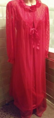 Vintage Peignoir Set Night Gown Size Large Red