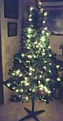 6 Ft PRE LIT Green CHRISTMAS TREE 150 Clear Lights EASY SET UP Hinged Stand BOX