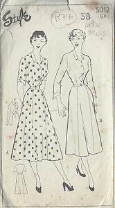 1940s Vintage Sewing Pattern B38