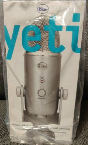 Blue Microphones - Yeti USB Multi-Pattern Electret Condenser