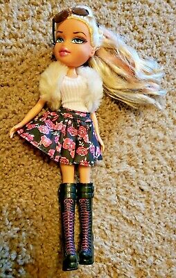 Bratz Doll With Blonde Hair W/ Pink Highlights Wearing Boots and (Blonde Girl With Sunglasses)