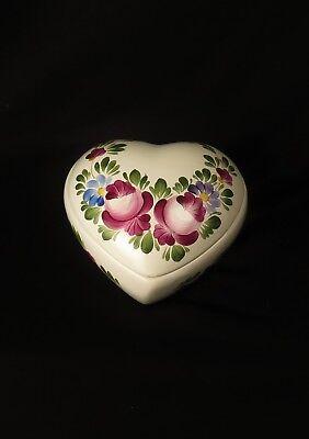 6661:Schmuckdose, Keramik, handbemalt, H&NY Ungarn in Herzform. Gebraucht.