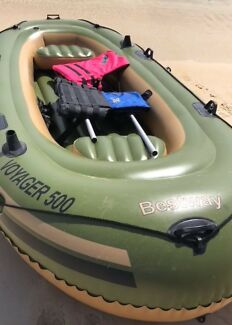 Inflatable portable raft boat