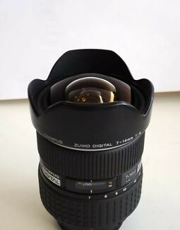 Olympus Zuiko 7-14mm f/4.0 AF wide angle lens (Four thirds)