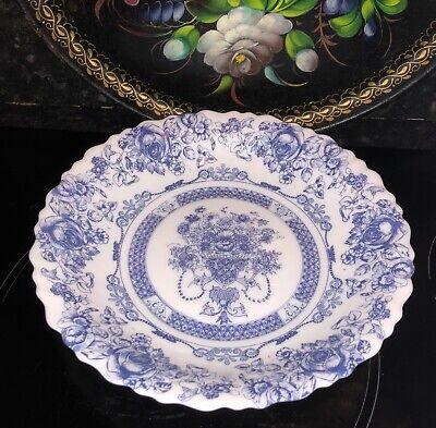 Vintage Arcopal France Honorine dinner plate blue & white floral scalloped