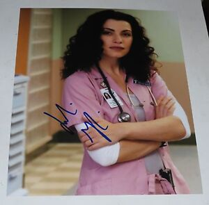 JULIANNA-MARGULIES-SIGNED-8X10-PHOTO-AUTOGRAPH-THE-GOOD-WIFE-ER-EMMY-CBS-COA-C