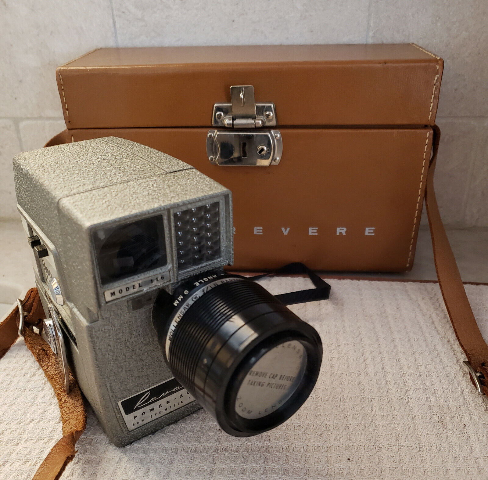 LOT OF TWO VINTAGE 8MM MOVIE CAMERAS, 1950s, 1960s - BROWNIE REVERE - $15.00