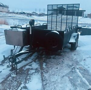 2000 Solid Side Utility Trailer