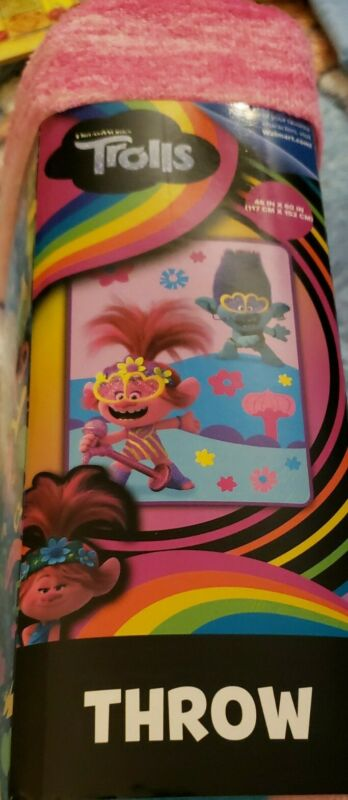 "DreamWorks Trolls 46"" x 60"" Soft Throw Blanket, New"