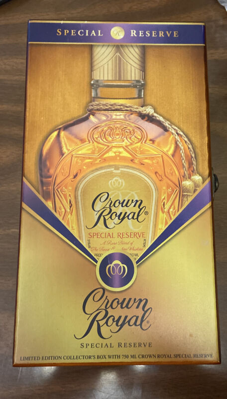 CROWN ROYAL SPECIAL RESERVE Wooden Collector