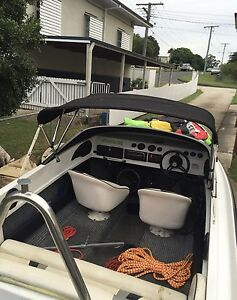 18ft mustang with 200hp mariner East Ipswich Ipswich City Preview