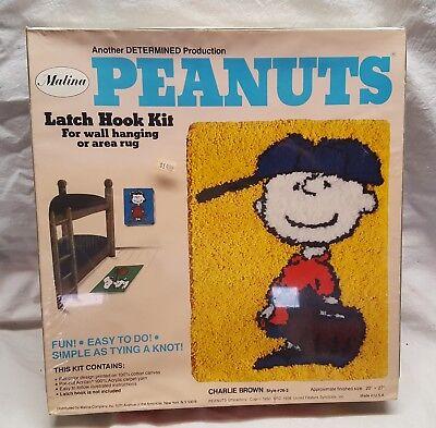 New Vintage Charlie Brown  Latch Hook Kit 20 x 27 Peanuts SEALED