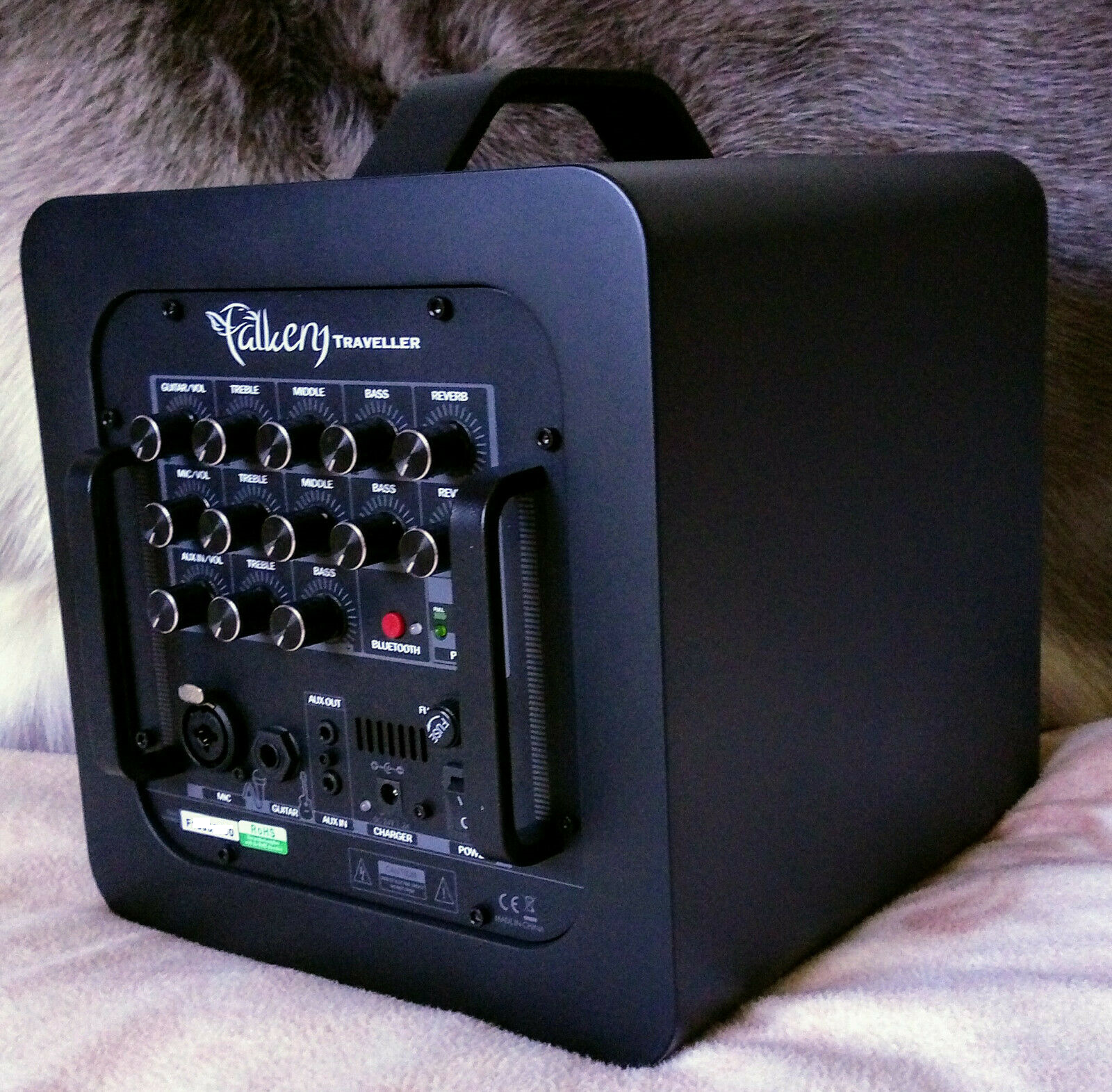 Falken1 KSE Traveller Akustik-Gitarren-Verstärker-Bluetooth+Ladekabel+Gigbag