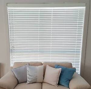 White Timber Venetian Blinds Various Sizes Curtains Blinds