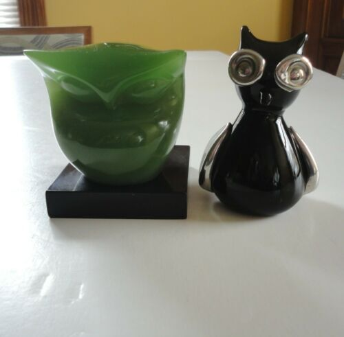 2 Vtg Art Glass Owl Figurine Black Silver Painted Pop Art Green Abstract Asian