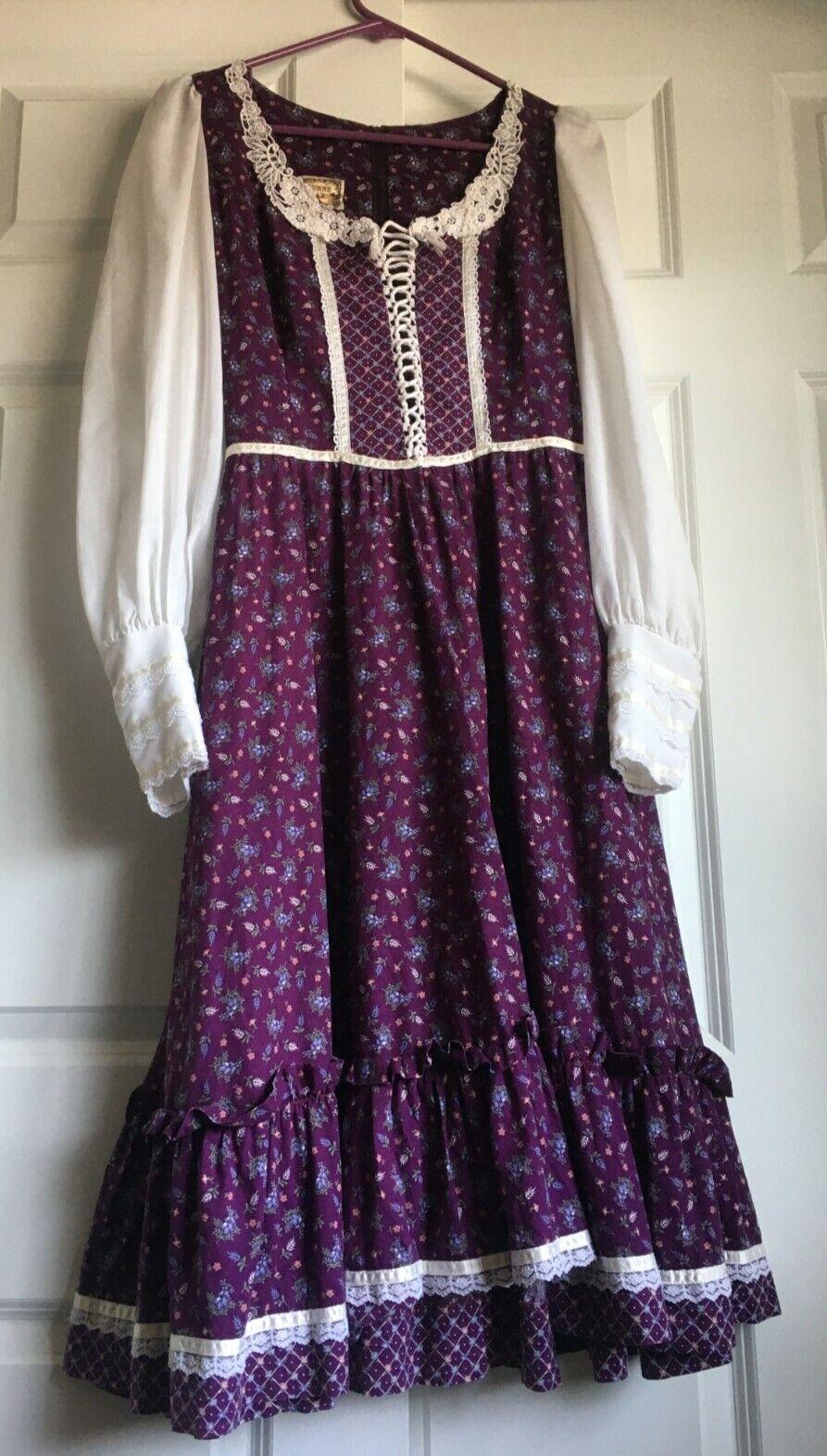 Vintage 1970's Gunne Sax RARE LARGE SIZE 13 Prairie Revival Dress Purple Floral