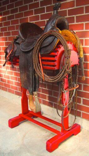 Western Saddle Stand