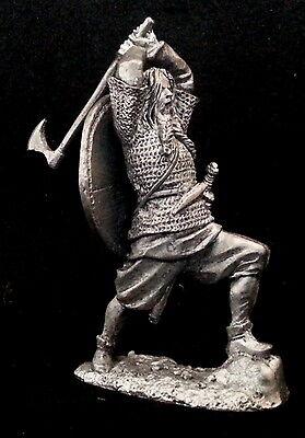 Zinnfigur  Wikinger mit der Axt  54mm