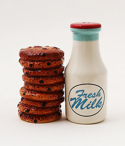 MAGNETIC SALT PEPPER SHAKER CERAMIC MILK AND COOKIES