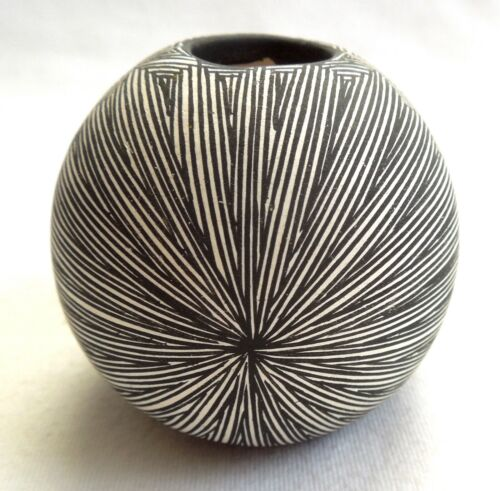 DOROTHY SANCHEZ Acoma Pottery *Intricate Fine Line* 2.5-Inch *FREE SHIPPING*