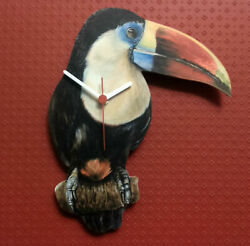WILDLIFE ZOO COLLECTION WALL CLOCK TROPICAL TOUCAN PARROT HAND MADE WOODEN CLOCK