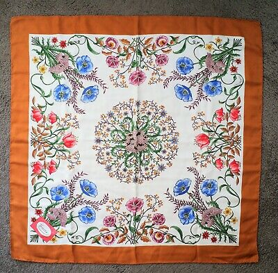 Authentic GUCCI FLOWERS Large FLORAL SILK SCARF V. ACCORNERO Italy Poppies Vtg