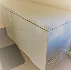 Westinghouse 700L Chest Freezer Nimbin Lismore Area Preview