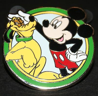 DISNEY'S BEST FRIENDS MICKEY MOUSE AND PLUTO 2012 MYSTERY PIN
