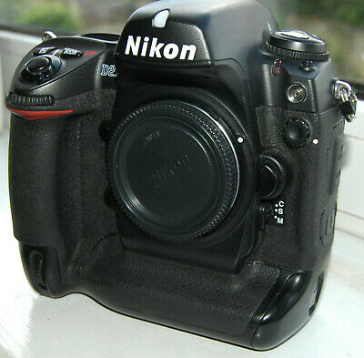 Nikon D2X 12.4 MP professional Digital SLR camera body, low shutter count