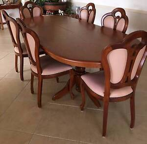 Timber Dining Set with 6 chairs Oakville Hawkesbury Area Preview