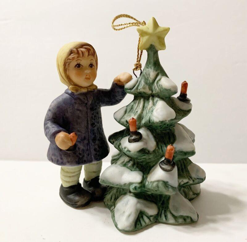 Berta Hummel Christmas Magic Ornament Final Edition Goebel 2006 BH302