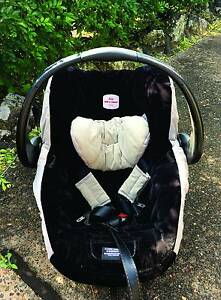 Britax Safe N Sound Infant Carrier Capsual Edgeworth Lake Macquarie Area Preview