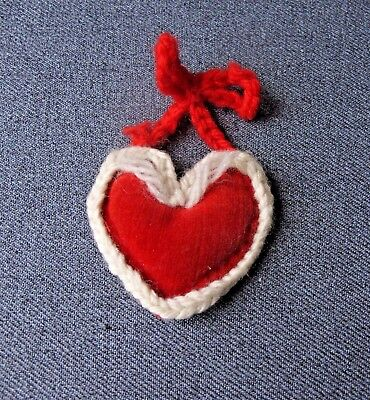 VINTAGE  RED VELVET KNITTED RIMS & RING HEART SHAPED MINIATURE PIN CUSHION
