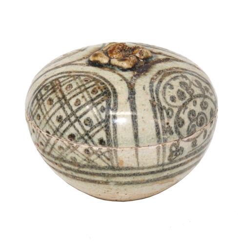 15th century Thai Sawankhalok mangosteen ceramic box