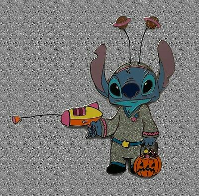 Stitch in Alien Costume  Proof Series Pin Jumbo - Disney Shopping Pin LE 500 - Giant Alien Costume