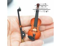 Dollhouse Miniature Wood Violin with Case MM101