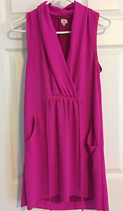 Aritzia dress for sale! Size xsmall worn once!
