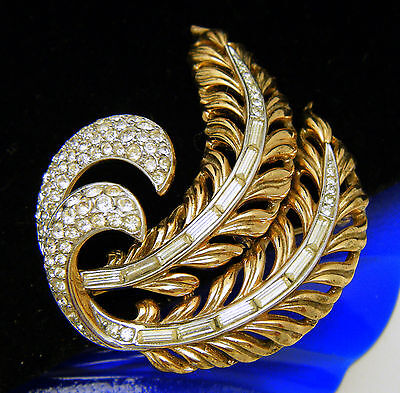 Fabulous Scarce Crown Trifari Brooch Double Plume Pave Set Rhinestones Baguettes on Lookza