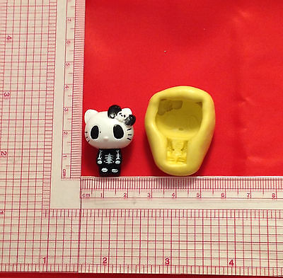 Hello Kitty Gothic Silicone Push Mold A830 Candy Chocolate Fondant Soap  (Silicone Mold Kitty)