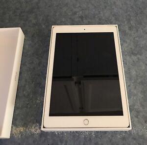 Perfect iPad 128GB Wifi + Cellular