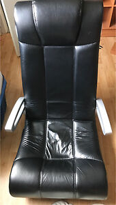 ISO game chair