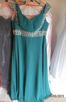 Plus size!!! Formal dresses size 20-24 Beenleigh Logan Area Preview