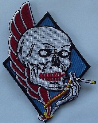 Skull cigarette embroidered cloth patch.          H010802