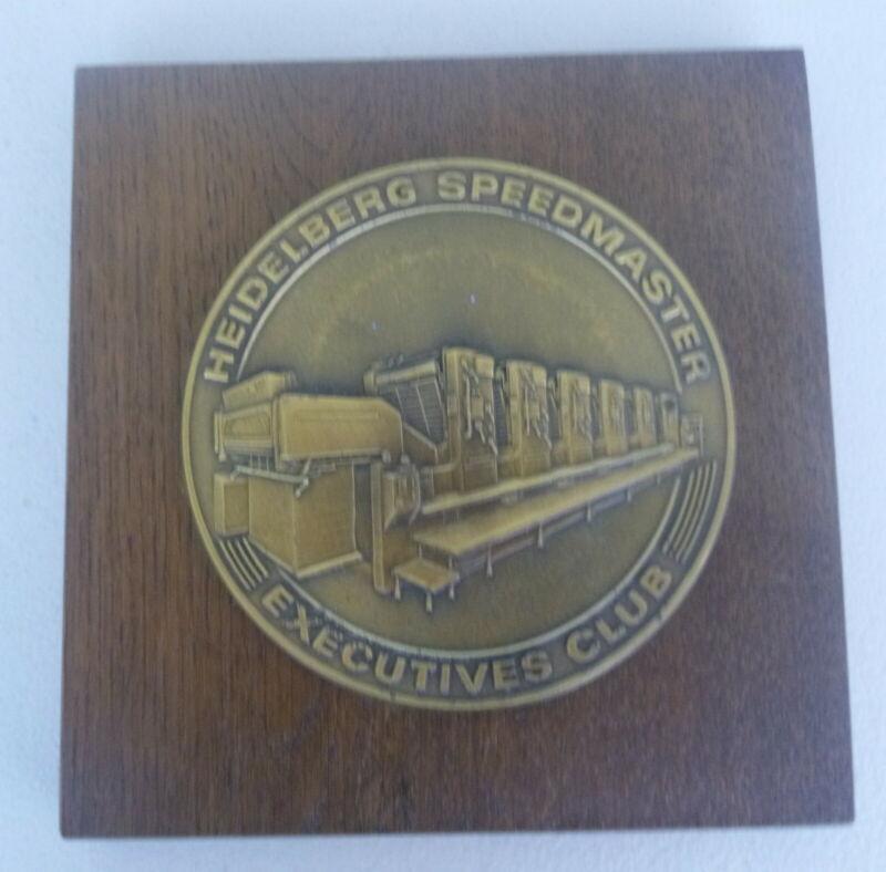 vintage Heidelberg Speedmaster Execitoves Club mounted brass plaque Heidelberger