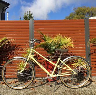 Electra Ticino 7D- Women's Bike Carlton North Melbourne City Preview