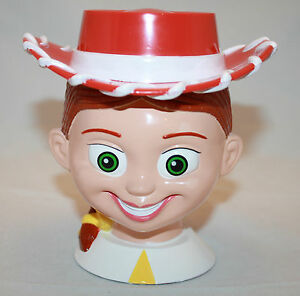 TOY-STORY-JESSIE-MUG-Disney-On-Ice-Plastic-Flip-Lid-Cup-Girl-Cowgirl-Hat-Pixar