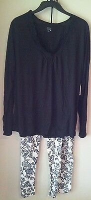 Woman's Pajama Set Black Top &  Black / White Floral Pants L Large NWT