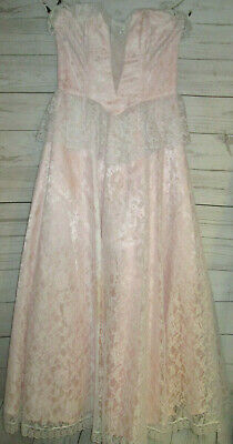 80s Dresses | Casual to Party Dresses Stunning 1980's Pink Lace Gunne Sax Gown XS $45.00 AT vintagedancer.com